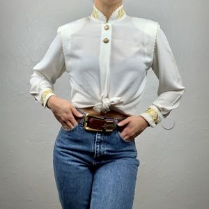 Vintage embroidered button down blouse xs/s